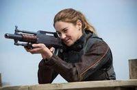 Tris /bonnie et Katniss