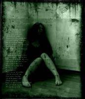 Gothic&hopeless girl