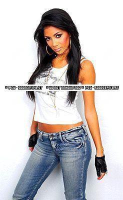 """Obrázek """"http://photos.lacoccinelle.net/86/82/268682.jpg"""" nelze zobrazit, protože obsahuje chyby."""